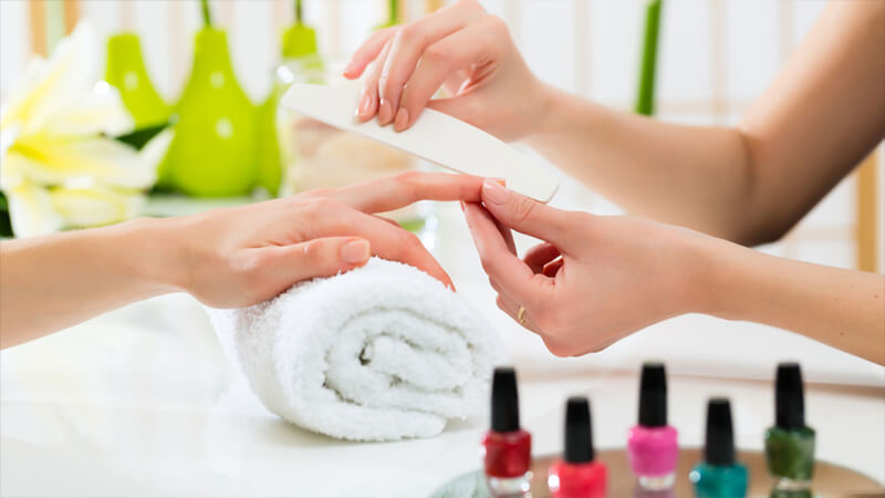 manicure-pedicure-nail-design-dubai-uae